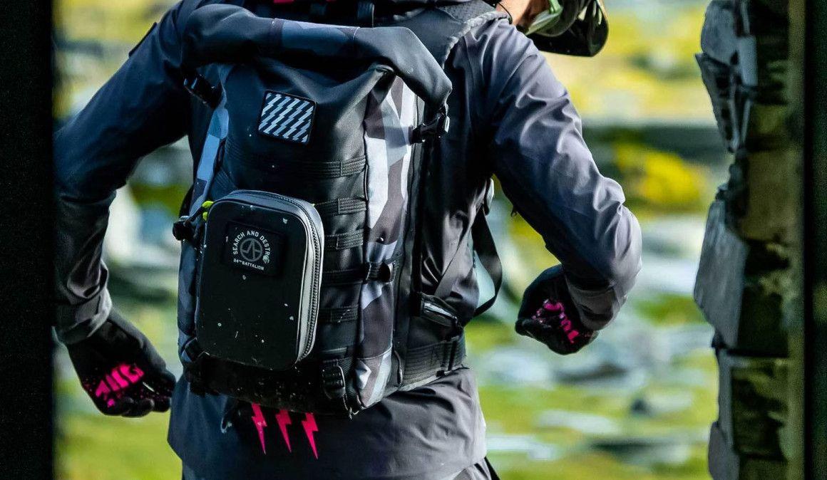 Muc-Off apresentou mochila polivalente