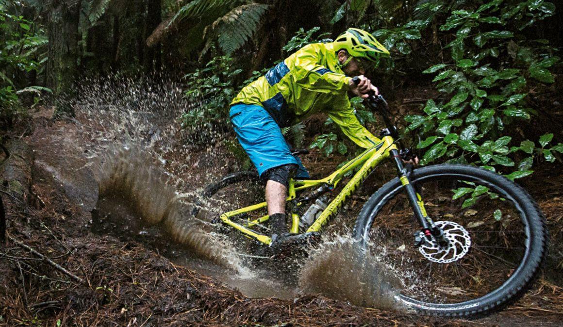 Tens medo de escorregar quando andas na lama?