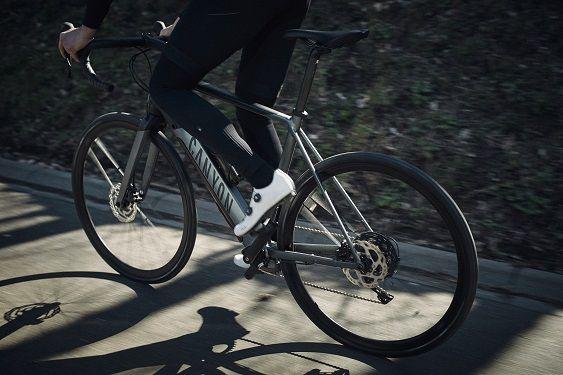Canyon lança a sua primeira bicicleta elétrica de estrada: a Endurace:ON AL