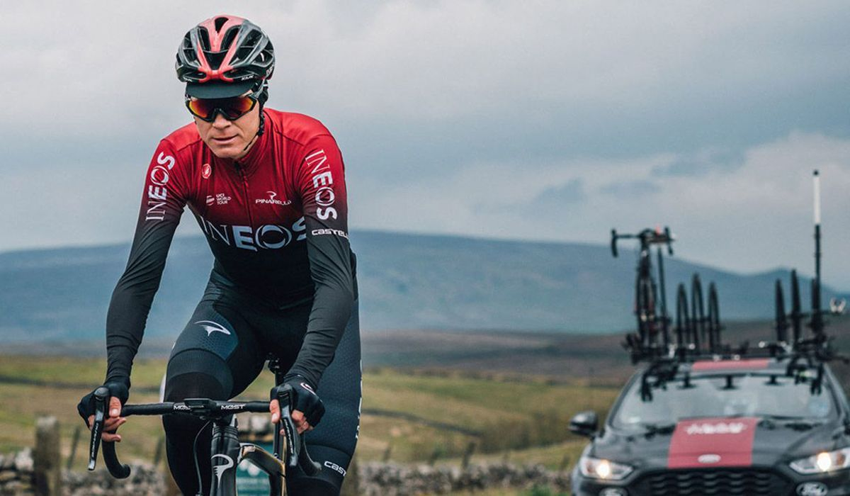 https://www.mountainbikes.pt/media/cache/medium/upload/images/article/5f06f15d0de694a3333493d9/5f06f44c0ee6949b263493cf-chris-froome-vai-abandonar-a-team-ineos-no-final-da-temporada.jpg