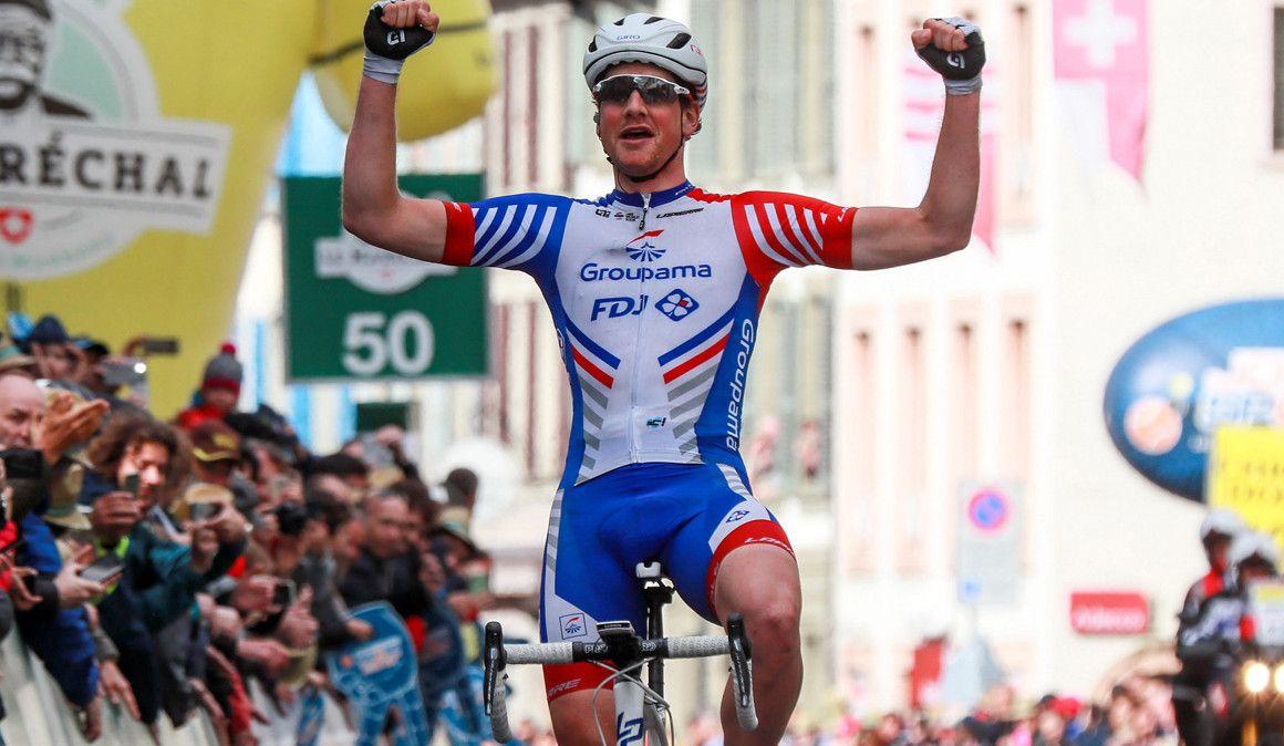 Tour da Romandia: Küng ganha segunda etapa, Rui Costa continua em segundo