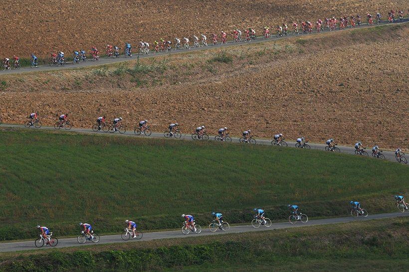 Uma semana com muito ciclismo em direto nos canais Eurosport