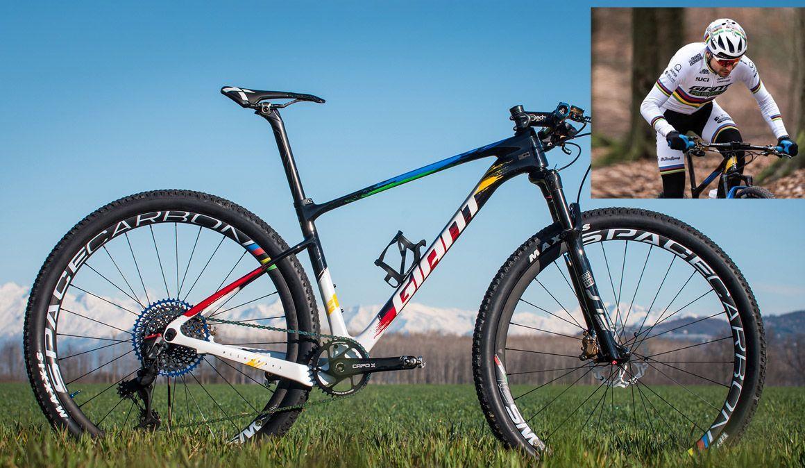 Giant e Leonardo Páez: estas são as bicicletas do Campeão do Mundo de XCM