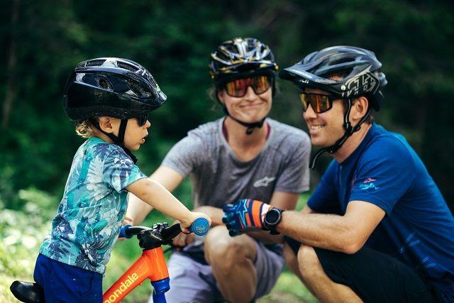 Ter um filho não significa parar de pedalar