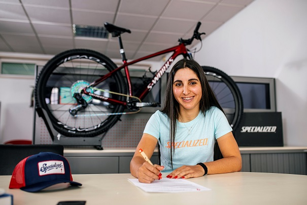 Raquel Queirós assina com a Specialized Portugal